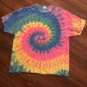 Tie dye swirl tee (Tshirt)